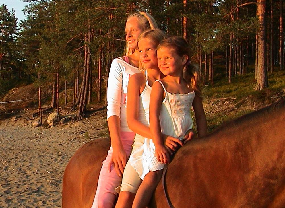 Barna (Maren, Anna og Selma)